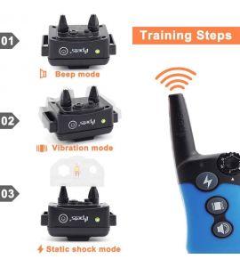 Los 3 modos de operación del collar educativo son: pitido, vibración y descarga eléctrica.